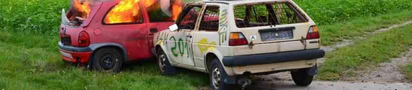PKW-Brand mit der Feuerwehrjugend