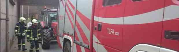 Traktor Abschleppung beim OBI Kreisverkehr